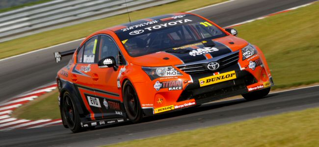 Frank Wrathall beats Jason Plato to Snetterton pole