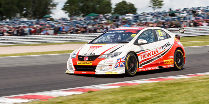 Matt Neal and Gordon Shedden expecting to be 'in the hunt'