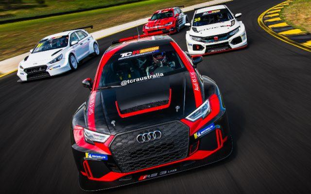 TCR Australia cars tracking shot