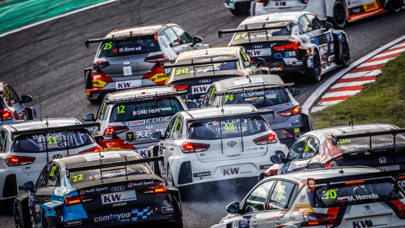 WTCR racing