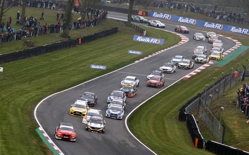 BTCC race start 2019