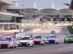 Luca Engstler leads in Sepang