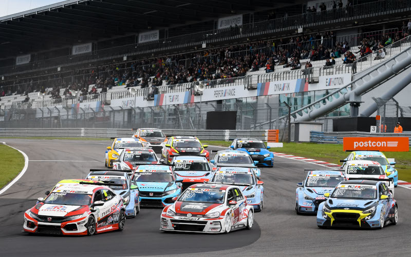 ADAC TCR Germany race start at the Nürburgring