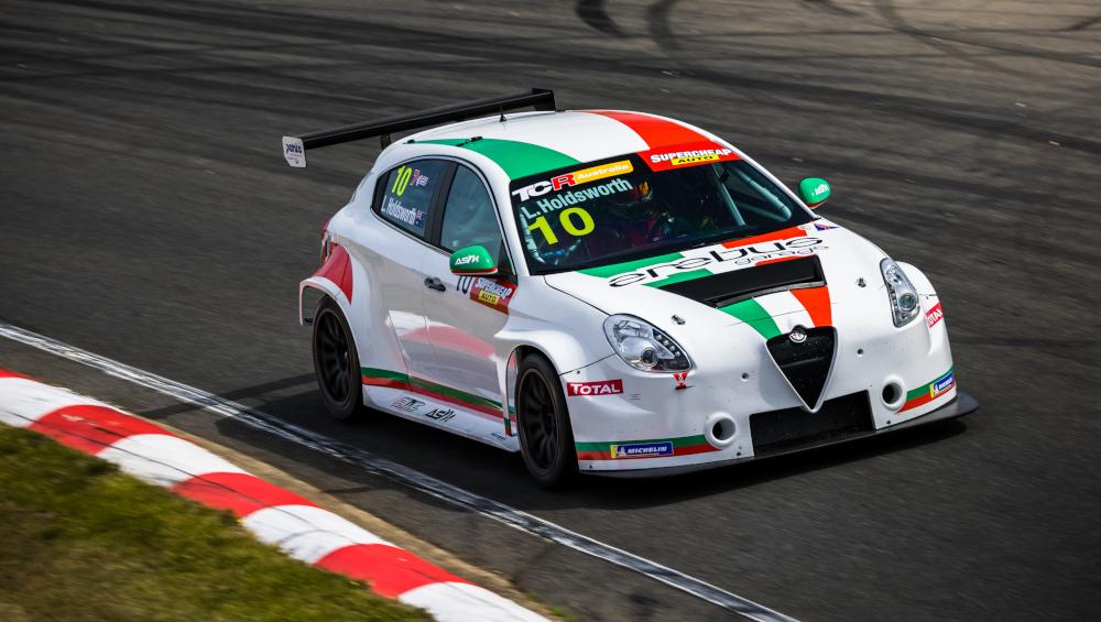 Lee Holdsworth, Ashley Seward Motorsport, Alfa Romeo Giulietta TCR