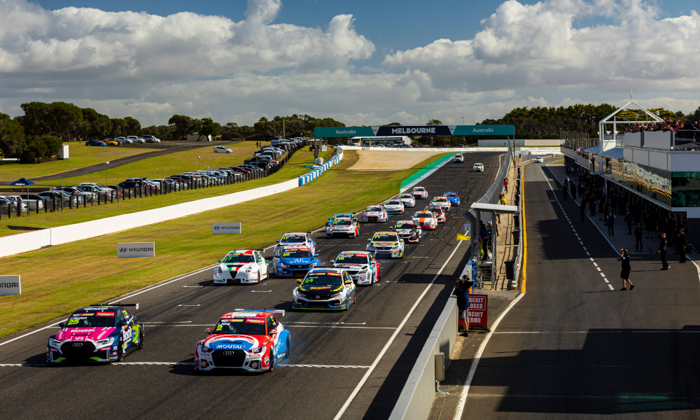 TCR Australia race start at Phillip Island