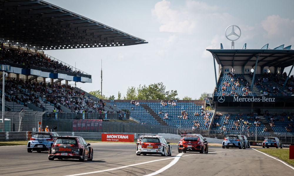 TCR Germany race start at the Nürburgring